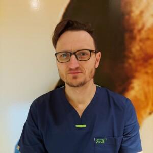 dr Piotr Surma